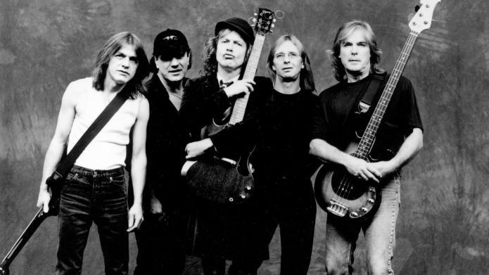 Prosecutors: AC/DC's Phil Rudd threatened to