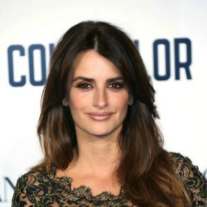 Penélope Cruz is addicted to breast-feeding