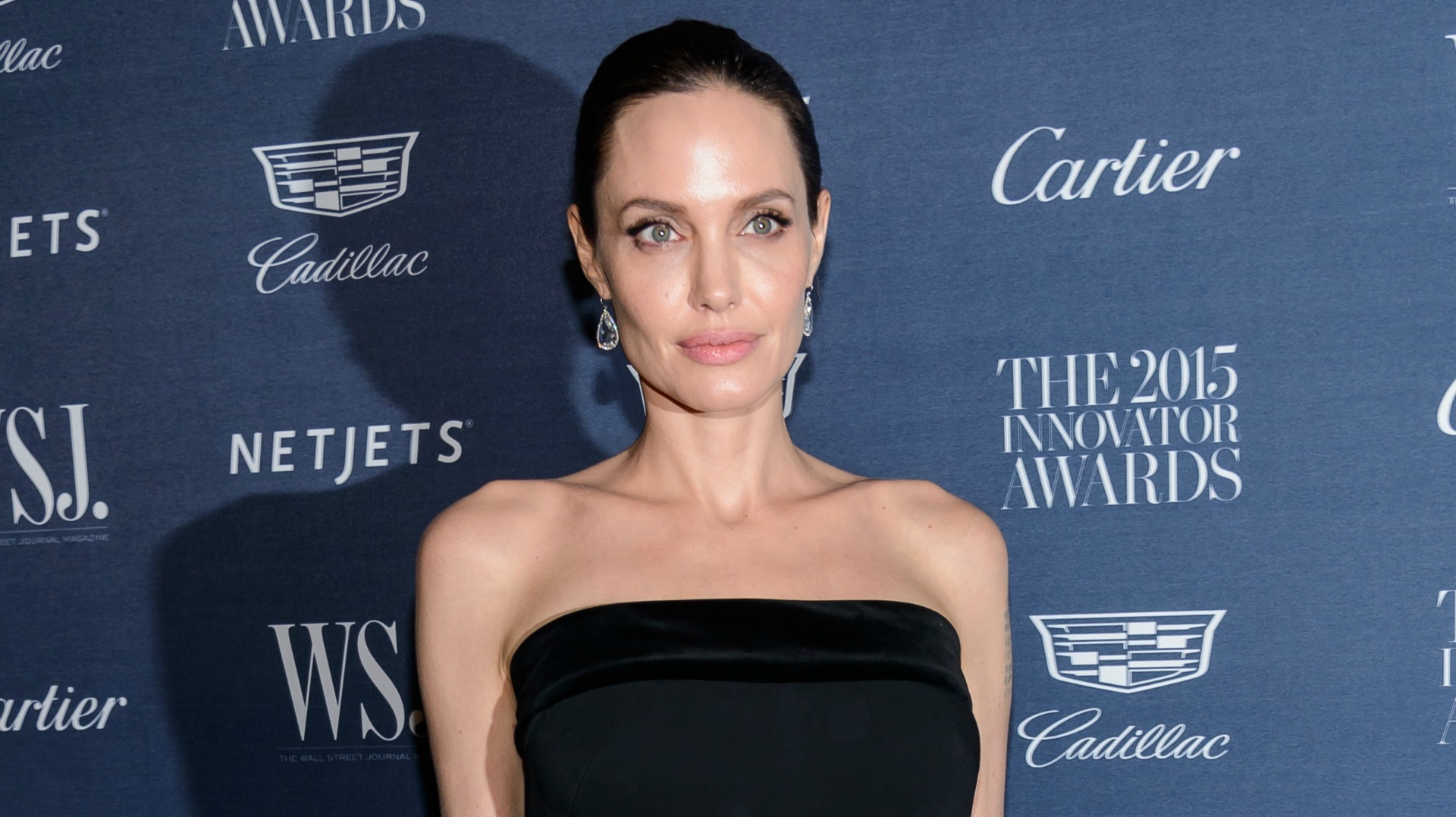 Hacked Angelina Jolie nudes (99 foto and video), Topless, Sideboobs, Selfie, braless 2017