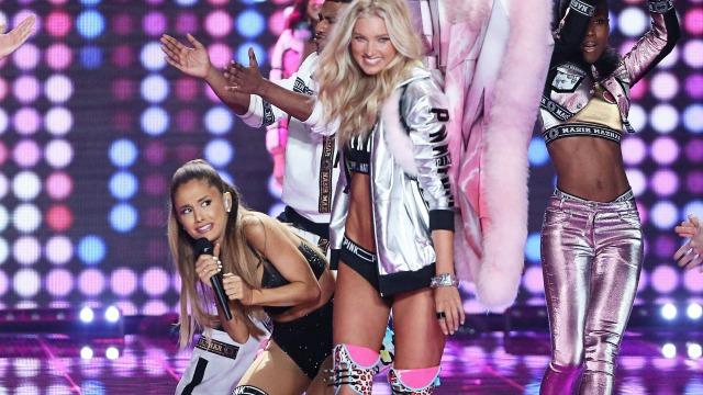 Ariana Grande Victoria's Secret Fashion Show