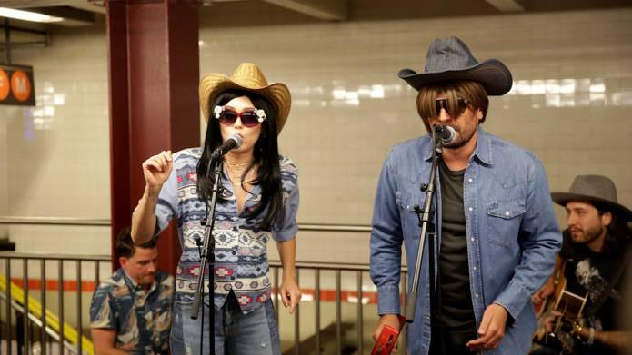 Celebs Really Love Going Undercover &