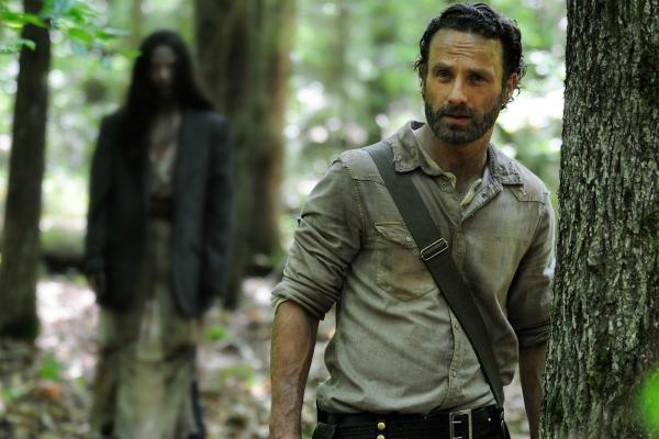 Hnts from The Walking Dead Season 4 teaser videos