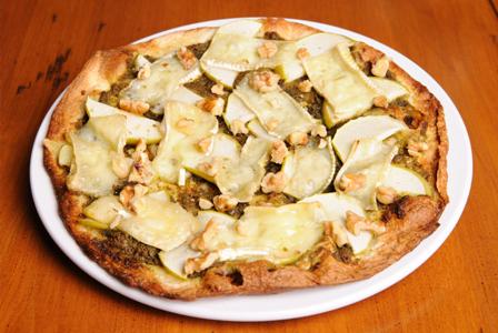 Walnut apple pizza