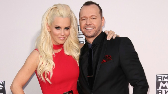 Jenny McCarthy and Donnie Wahlberg deal