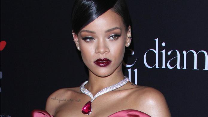 Brad Pitt wants Rihanna to get