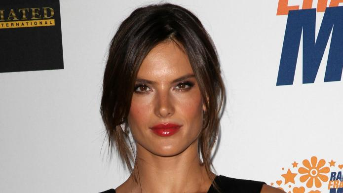 VIDEO: Alessandra Ambrosio gives the secret