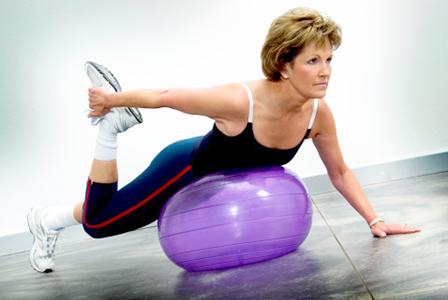 Woman on balance ball   Sheknows.ca