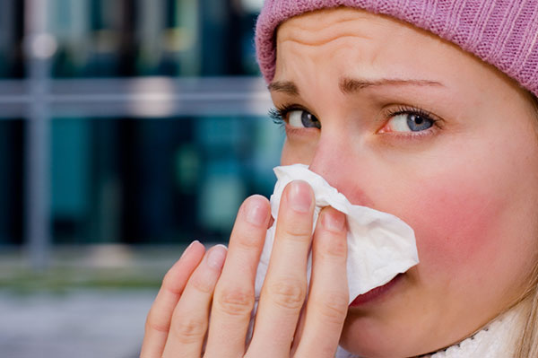 Woman with a bad cold | Sheknows.ca