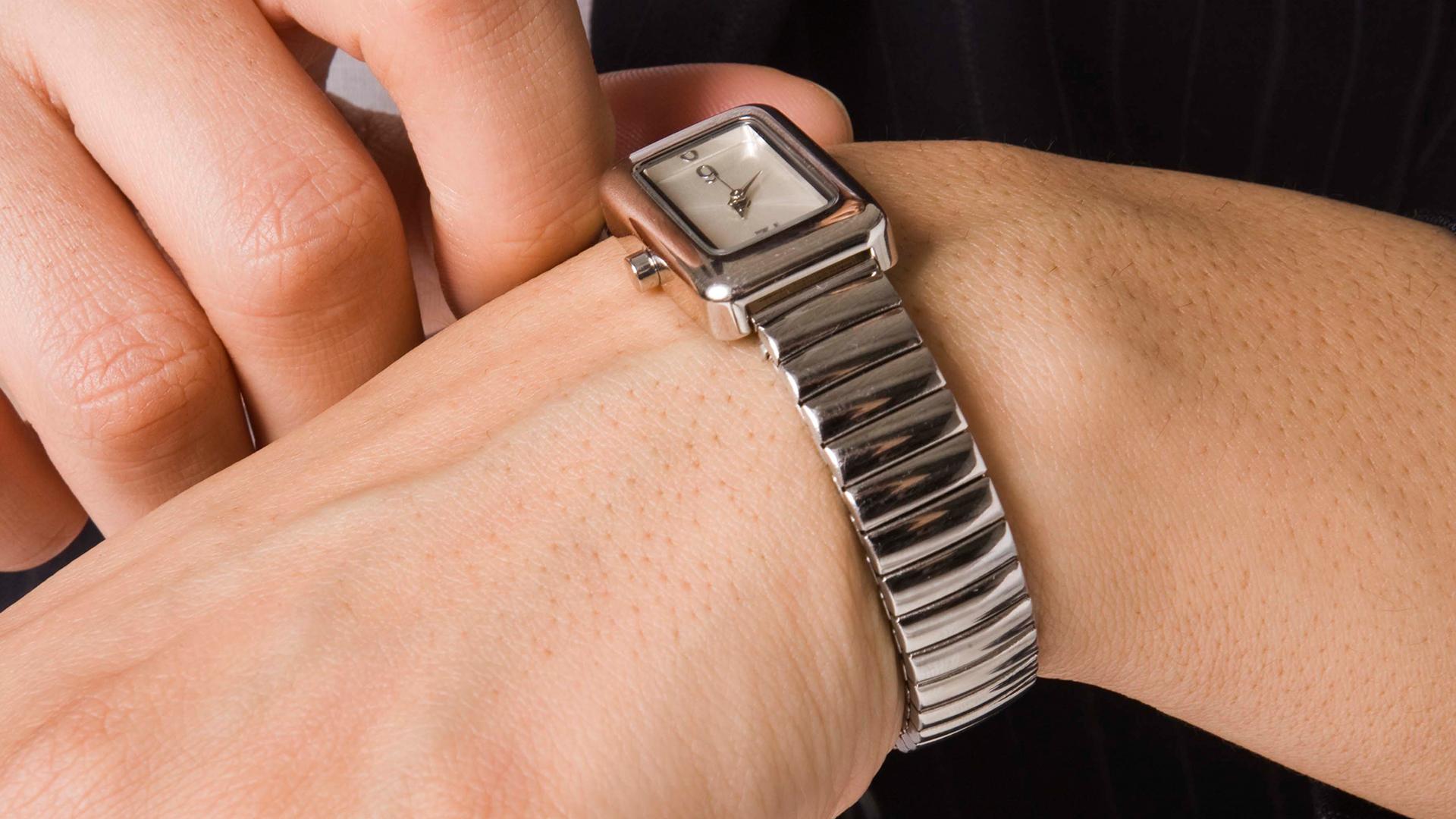 Woman wearing watch | Sheknows.com
