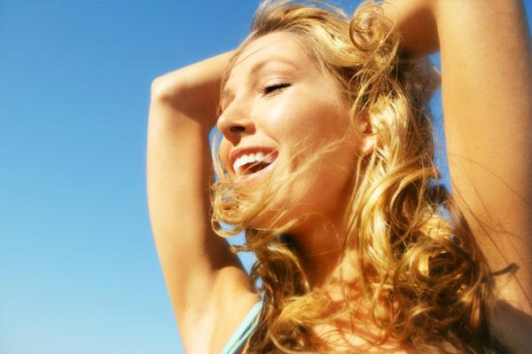 woman with wavy beach hair