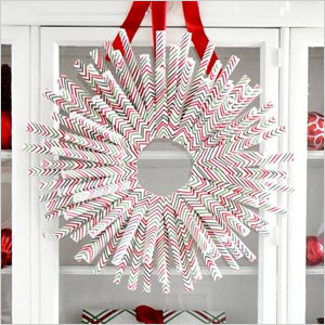 Wrapping paper wreath | Sheknows.ca
