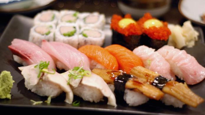 7 Ways you're doing sushi all