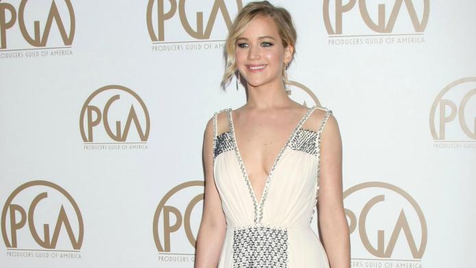 Jennifer Lawrence has major huevos posing