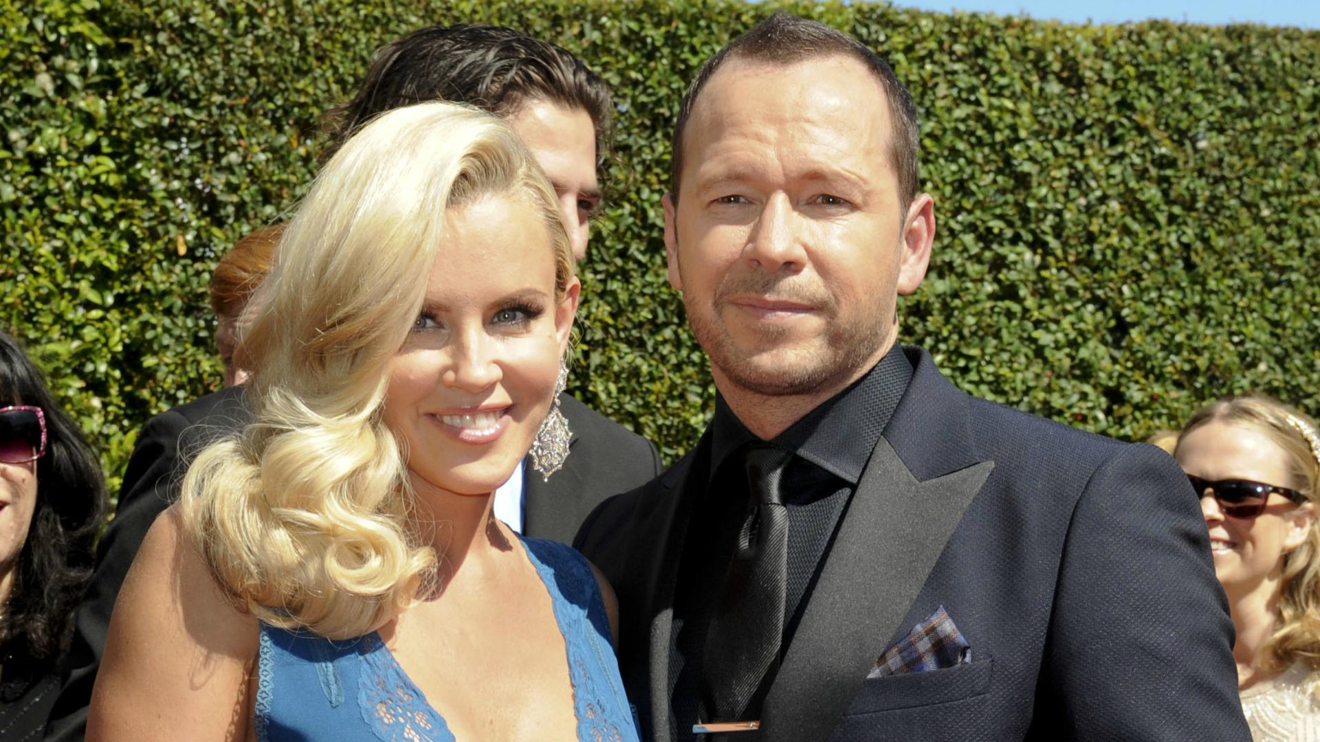 donnie wahlberg marriage