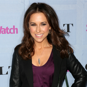 Lacey Chabert dishes about Mean Girls