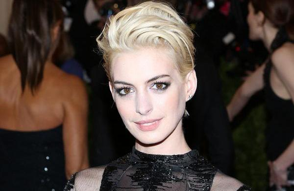 Anne Hathaway's blonde locks (and other