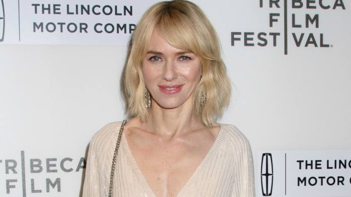 Naomi Watts Is Dating Her Gypsy