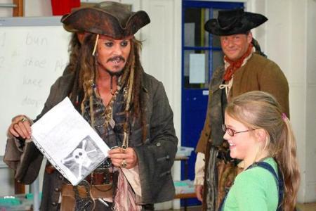 Johnny Depp surprises elementary school as