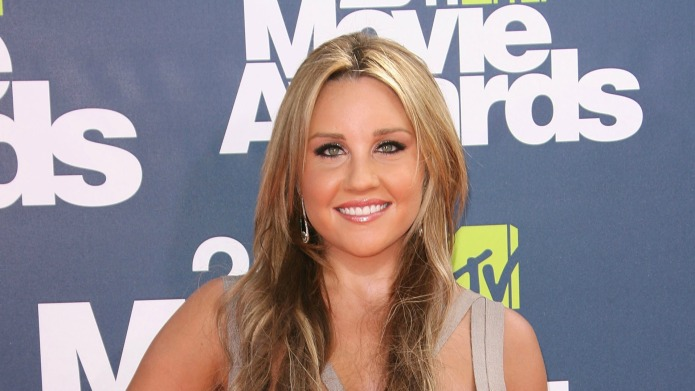 Amanda Bynes' fans are freaking out