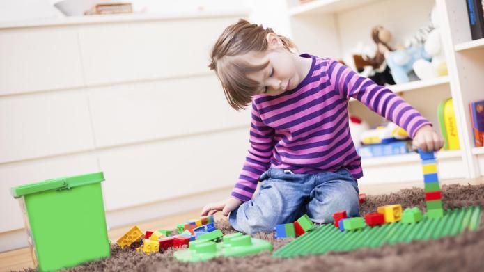 LEGO announces female scientists minifigure set