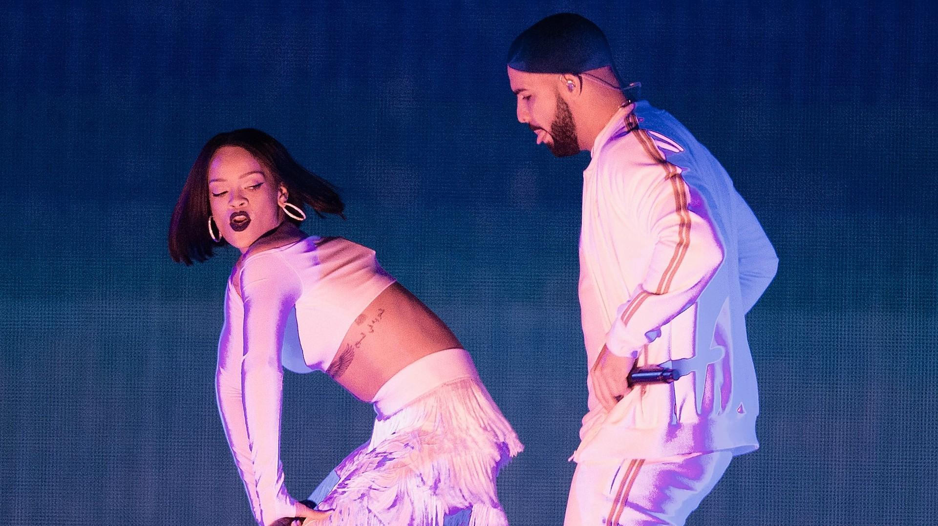 Rihanna dating drake