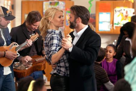 Gwyneth Paltrow's Country Strong video