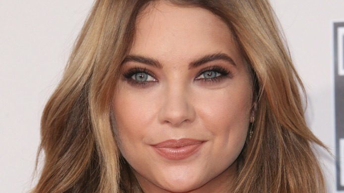 Ashley Benson debuts new look in