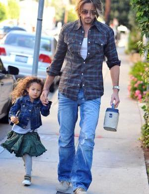 Halle Berry's baby daddy denies nanny