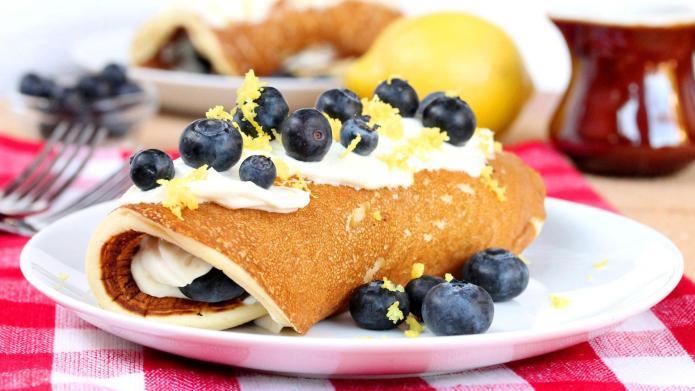 Dreamy, creamy blueberry and lemon pancake
