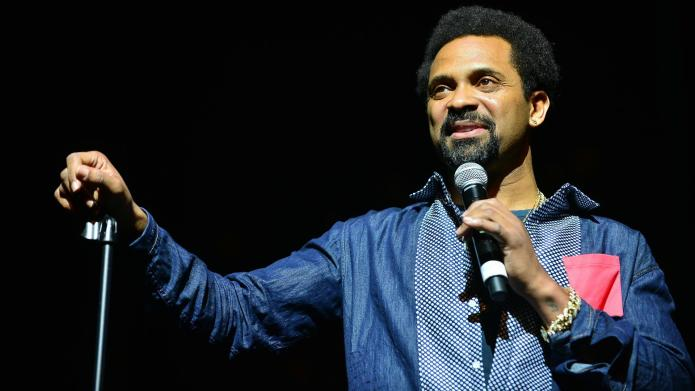 Comedian Mike Epps sparks outrage with