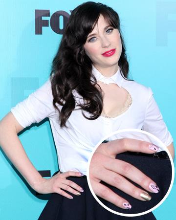 Zoeey Deschanel's ring finger nail polish