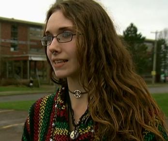 Teen blasts school's discriminatory dress code