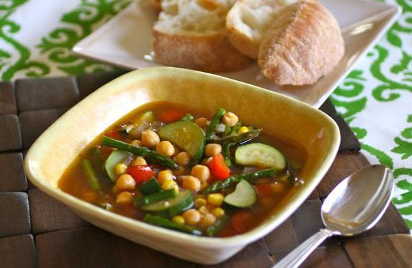 Sunday Dinner: Spicy chickpea and summer