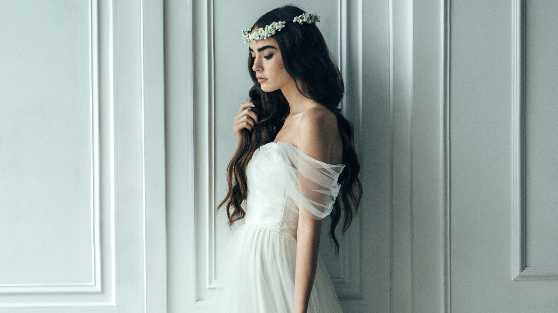 A Complete Guide To The Right Wedding Dress For Every Body Type