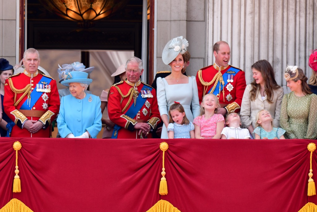 LONDON, ENGLAND - JUNE 09: Prince Andrew, Duke of York, Queen Elizabeth II, Prince Charles, Prince of Wales, Catherine, Duchess of Cambridge, Prince William, Duke of Cambridge, Princess Charlotte of Cambridge, Savannah Phillips, Prince George of Cambridge and Isla Phillips stand on the balcony of Buckingham Palace during the Trooping the Colour parade on June 9, 2018 in London, England. (Photo by James Devaney/FilmMagic)