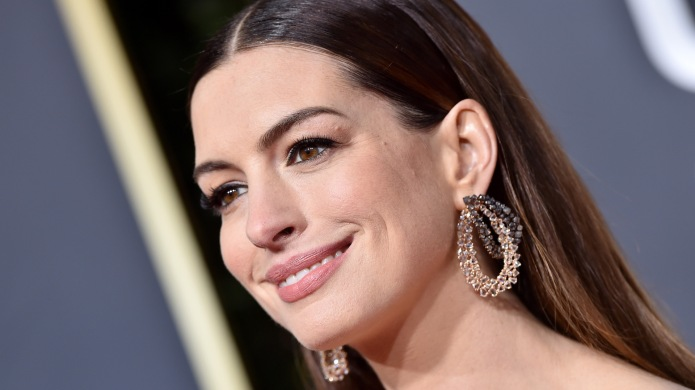 Anne Hathaway Is Giving Up Drinking