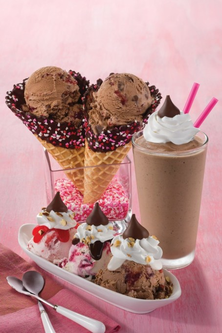 photo of Baskin-Robbins Love & Kisses sundae