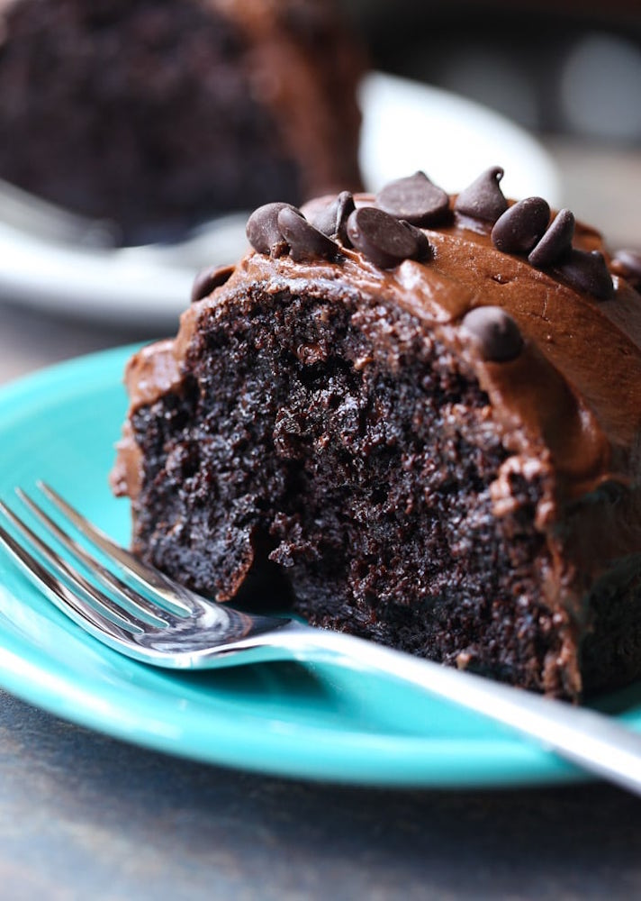 11 Romantic Chocolate Desserts You Can Make with Boxed Cake Mix: Ridiculous Chocolate Cake