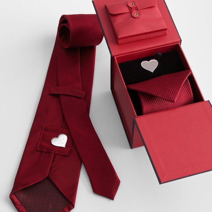 Hidden message tie set.