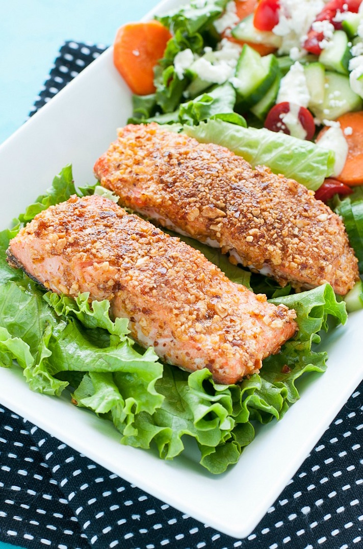 11 Date Night Dinner Recipes Anyone Can Make: Sriracha Almond-Crusted Salmon