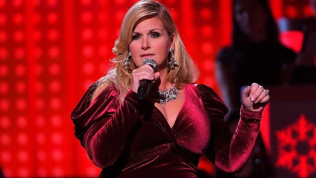 Trisha Yearwood performs during CMA 2017 Country Christmas at The Grand Ole Opry