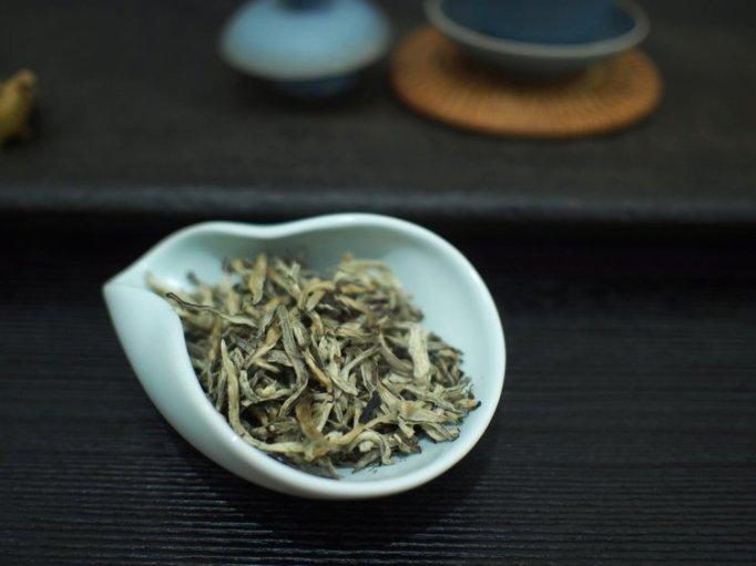 2015 Yunnan Silver Needle