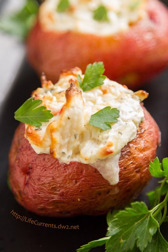 15 Easy, Elegant Appetizer Ideas for Your Oscars Viewing Party: Crab-Stuffed Potatoes