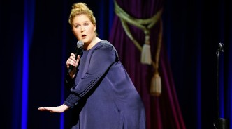 Amy Schumer in Netflix comedy special
