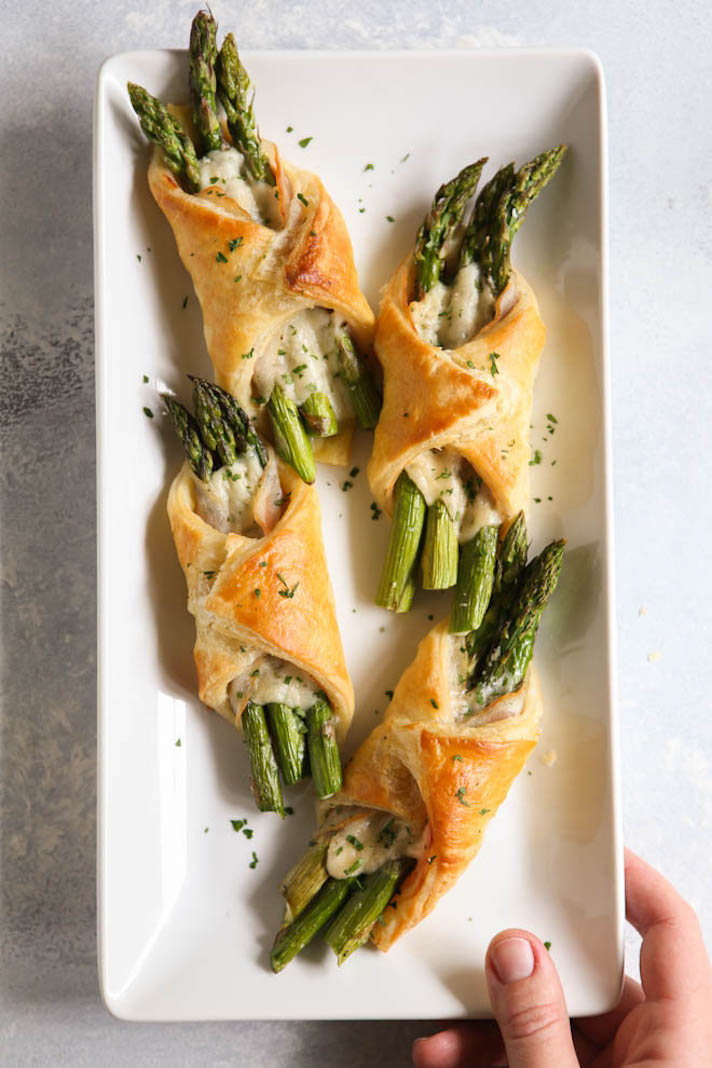 15 Easy, Elegant Appetizer Ideas for Your Oscars Viewing Party: Asparagus Pancetta Puff Pastry Bundles