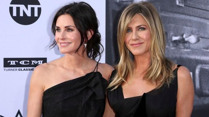 Courteney Cox, Jennifer Aniston. Courteney Cox,