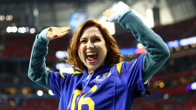 Photo of Ellie Kemper at Super Bowl 2019