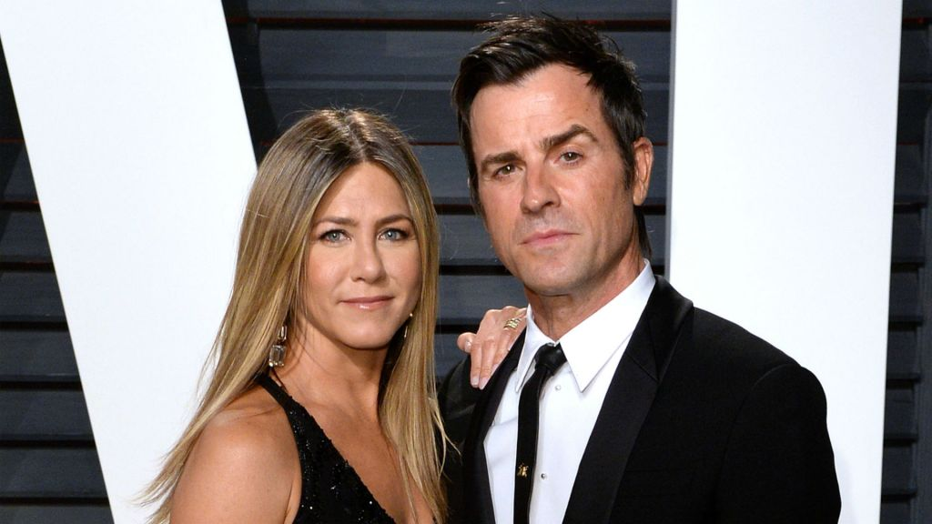 Photo of Jennifer Aniston and Justin Theroux at 2017 Vanity Fair Oscar party