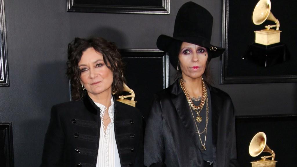 Sara Gilbert and Linda Perry at the Grammys.