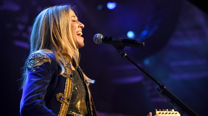 Sheryl Crow performs onstage during the 14th Annual UNICEF Snowflake Ball 2018 on November 27, 2018 in New York City.